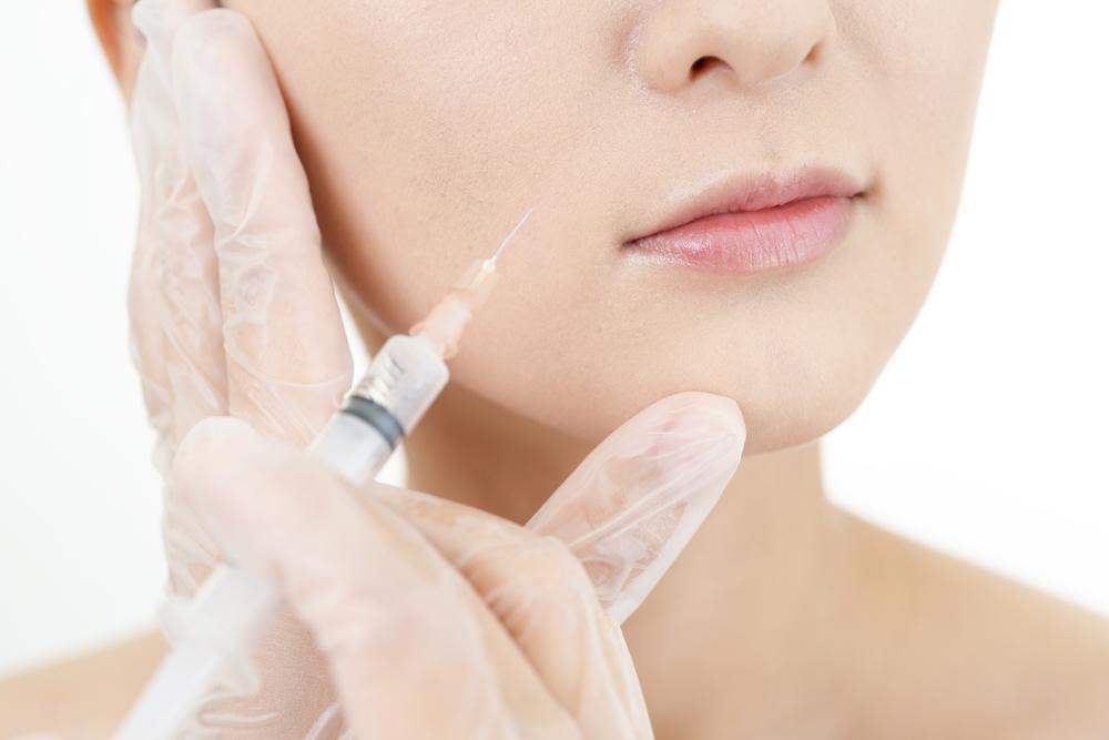 プラセンタの注射とサプリメントの効果や副作用の違い