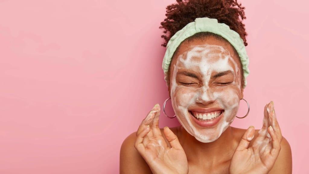 正しい洗顔の方法【タイミング・回数・時間・頻度】